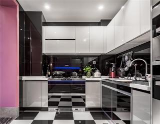 140平混搭三居厨房装修效果图