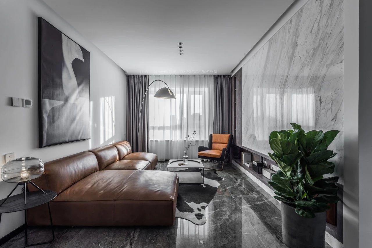125平米三居室客厅装修效果图