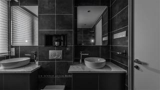 125平米三居室衛生間裝修效果圖