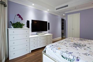 大户型美式风装修卧室边柜设计