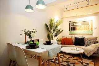 85㎡三居室客餐厅装修效果图