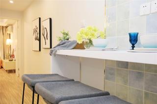 二居室公寓装修吧台设计
