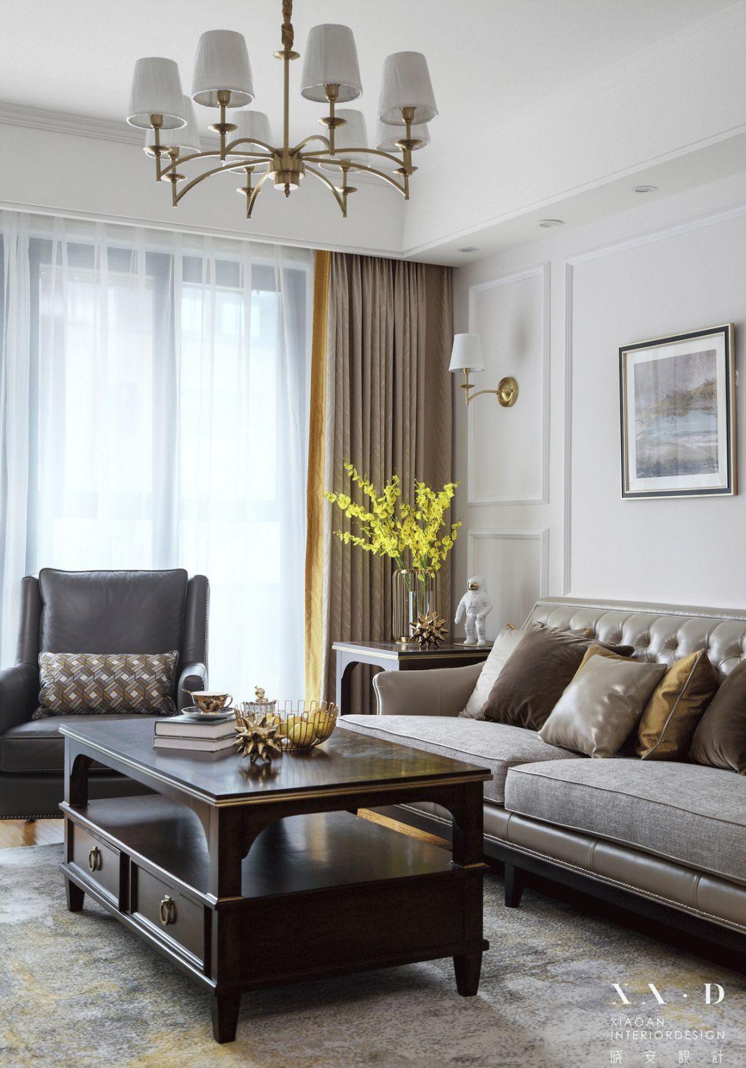 125㎡美式三居装修客厅吊灯设计