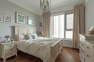大户型美式复古风卧室装修效果图
