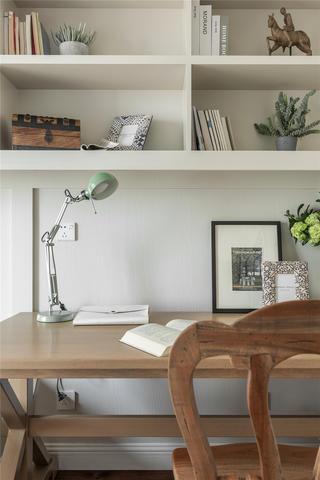 大户型美式复古风装修书桌架设计