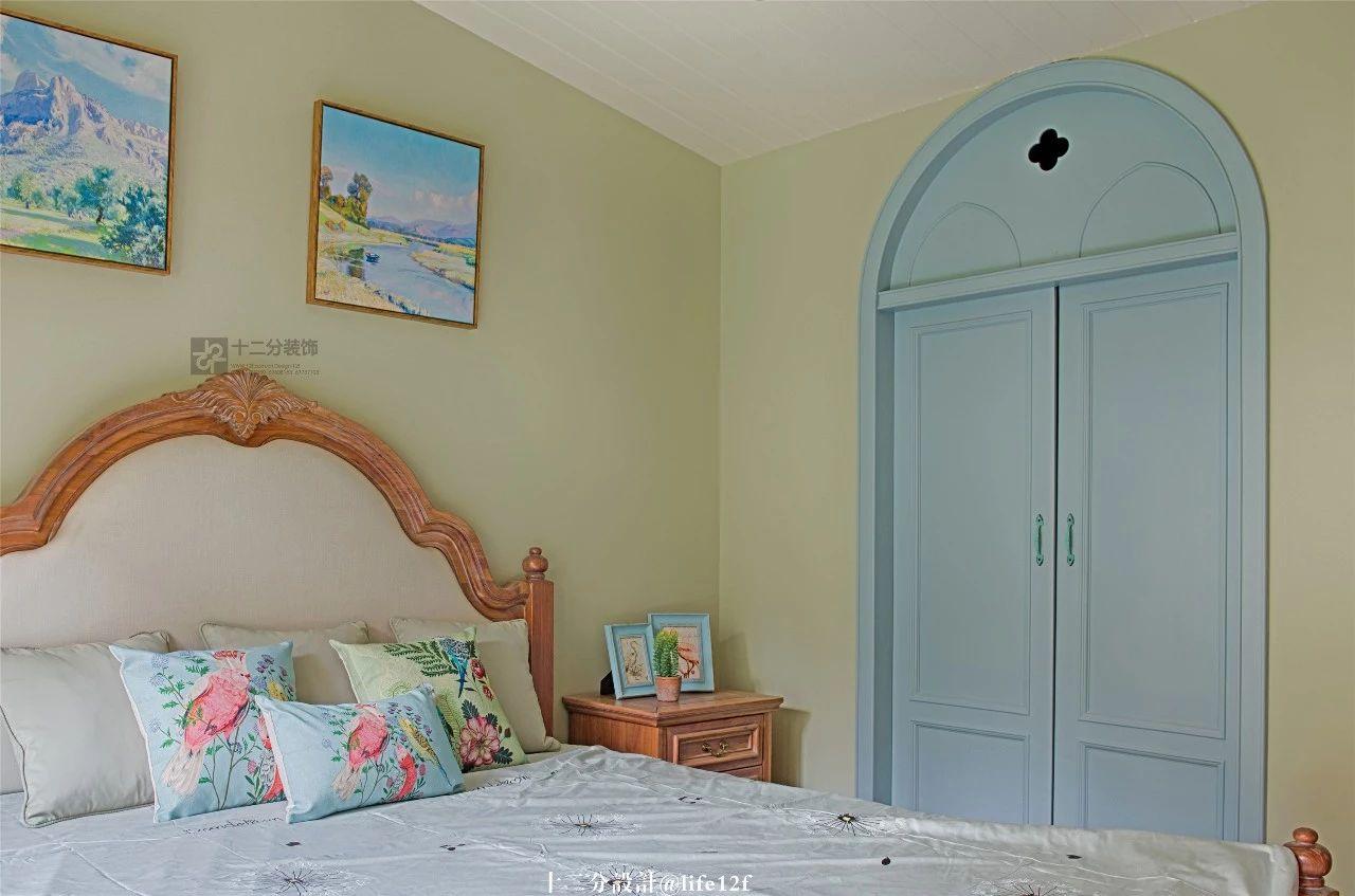 法式乡村风格卧室装修效果图