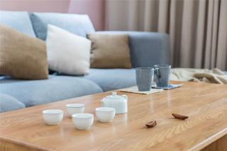 110㎡日式三居装修茶几小景