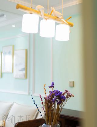 清新美式风三居装修餐厅吊灯设计图