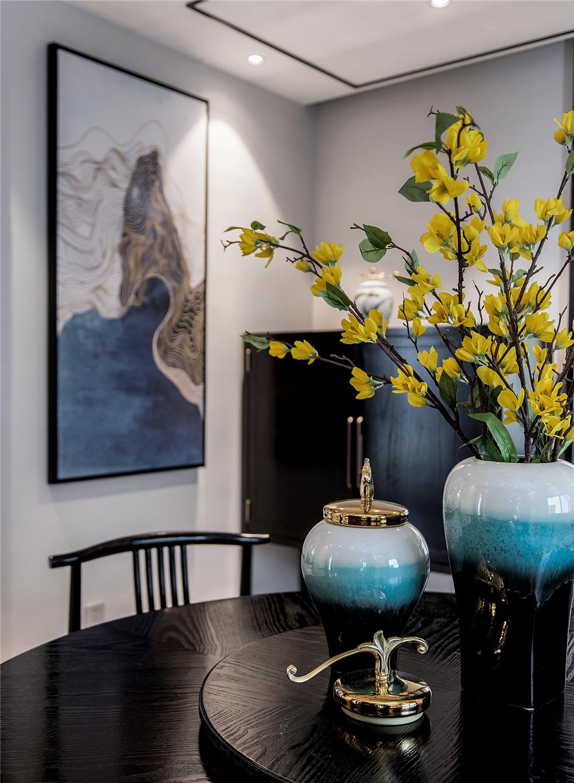 新中式风格别墅装修餐厅小景