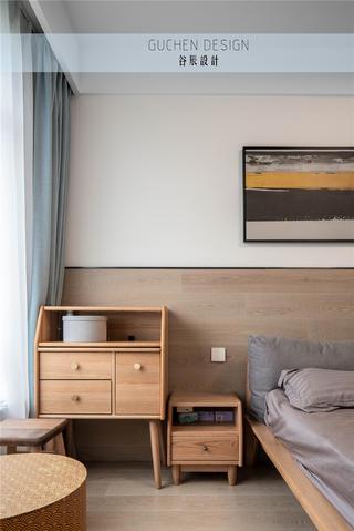 现代简约两居装修原木边柜设计