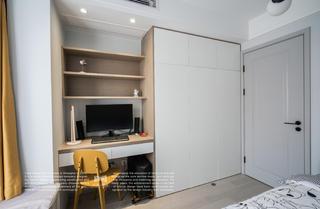 80平现代风三居装修书桌衣柜设计图