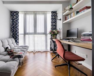 现代轻法式风三居书房装修效果图
