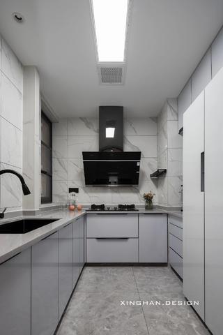 110平现代简约厨房每日首存送20