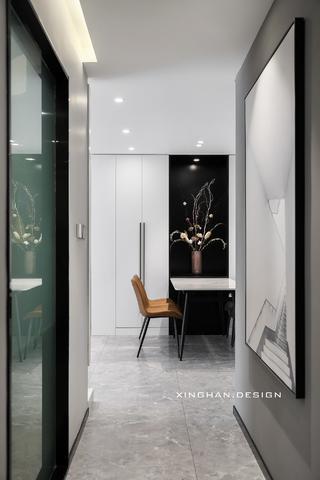 110平现代简约走廊装修效果图