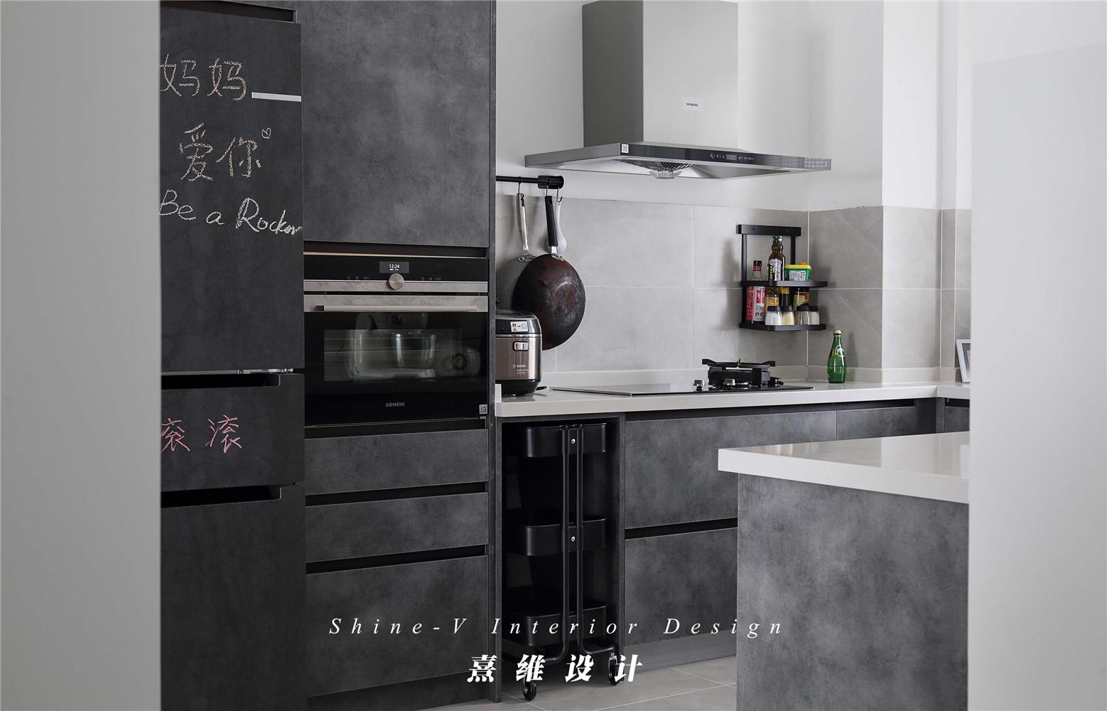 123平米两居室厨房装修效果图