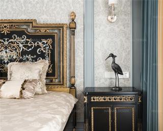 法式风格别墅装修卧室一角
