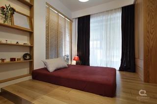 现代MUJI风三居地台卧室装修效果图