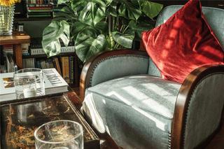 小户型混搭风公寓装修单人沙发设计图