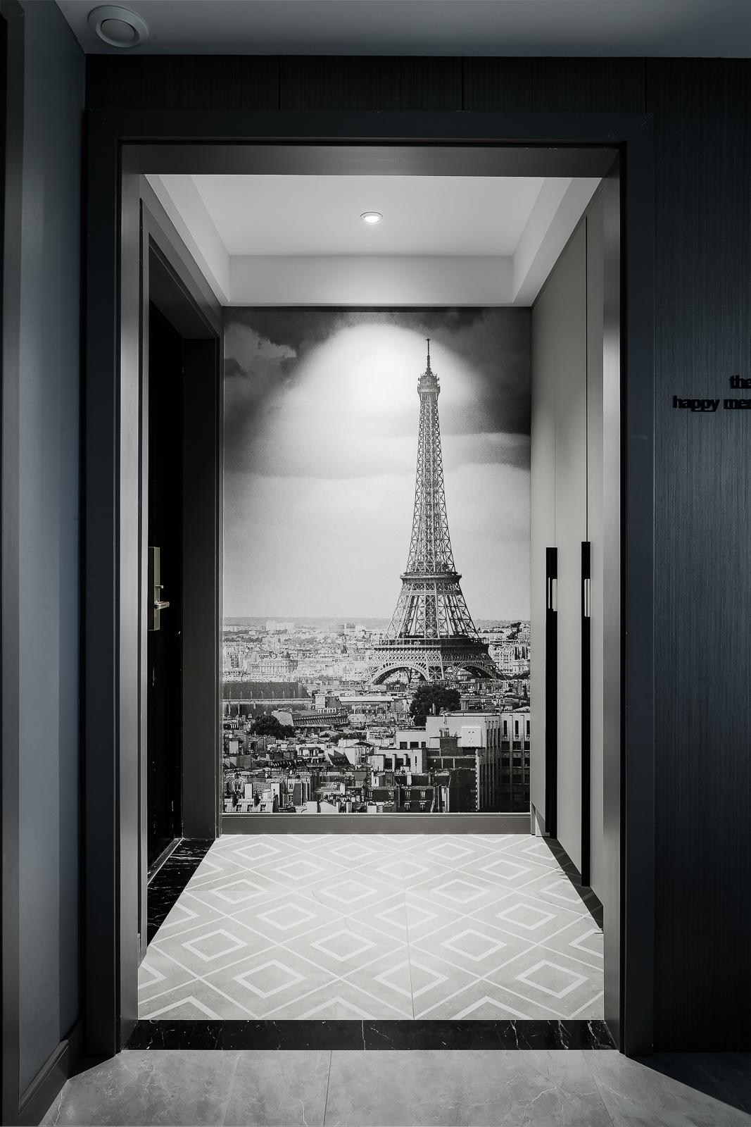 现代风格四居室玄关装修效果图