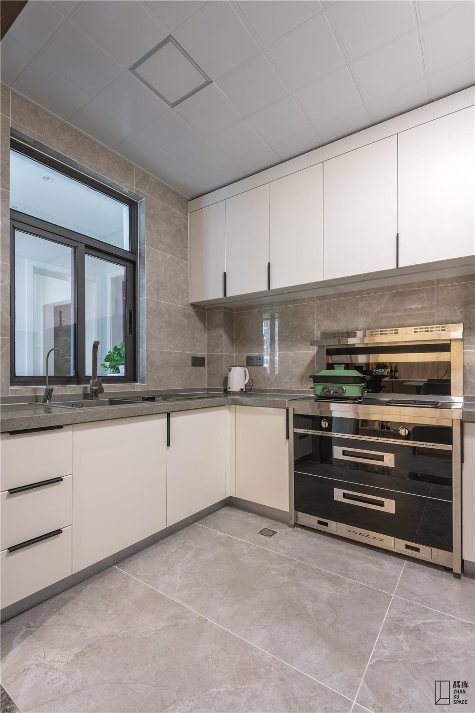 大户型现代混搭风格厨房装修效果图