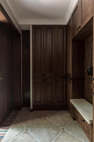 美式风格别墅玄关装修效果图