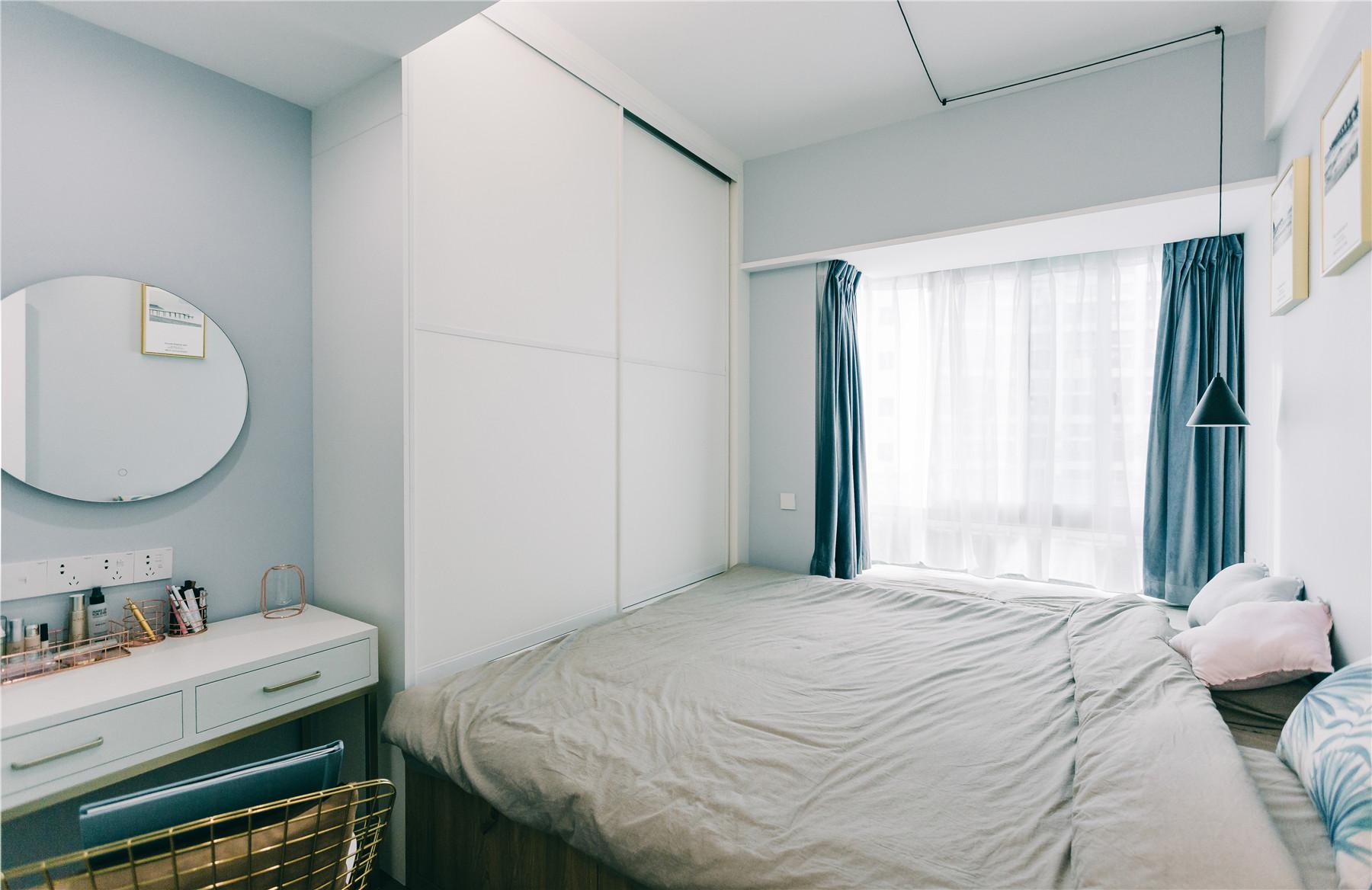 40平小户型榻榻米卧室装修效果图