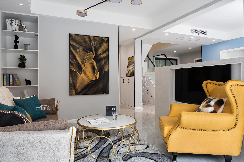 现代简约风格复式装修客厅效果图