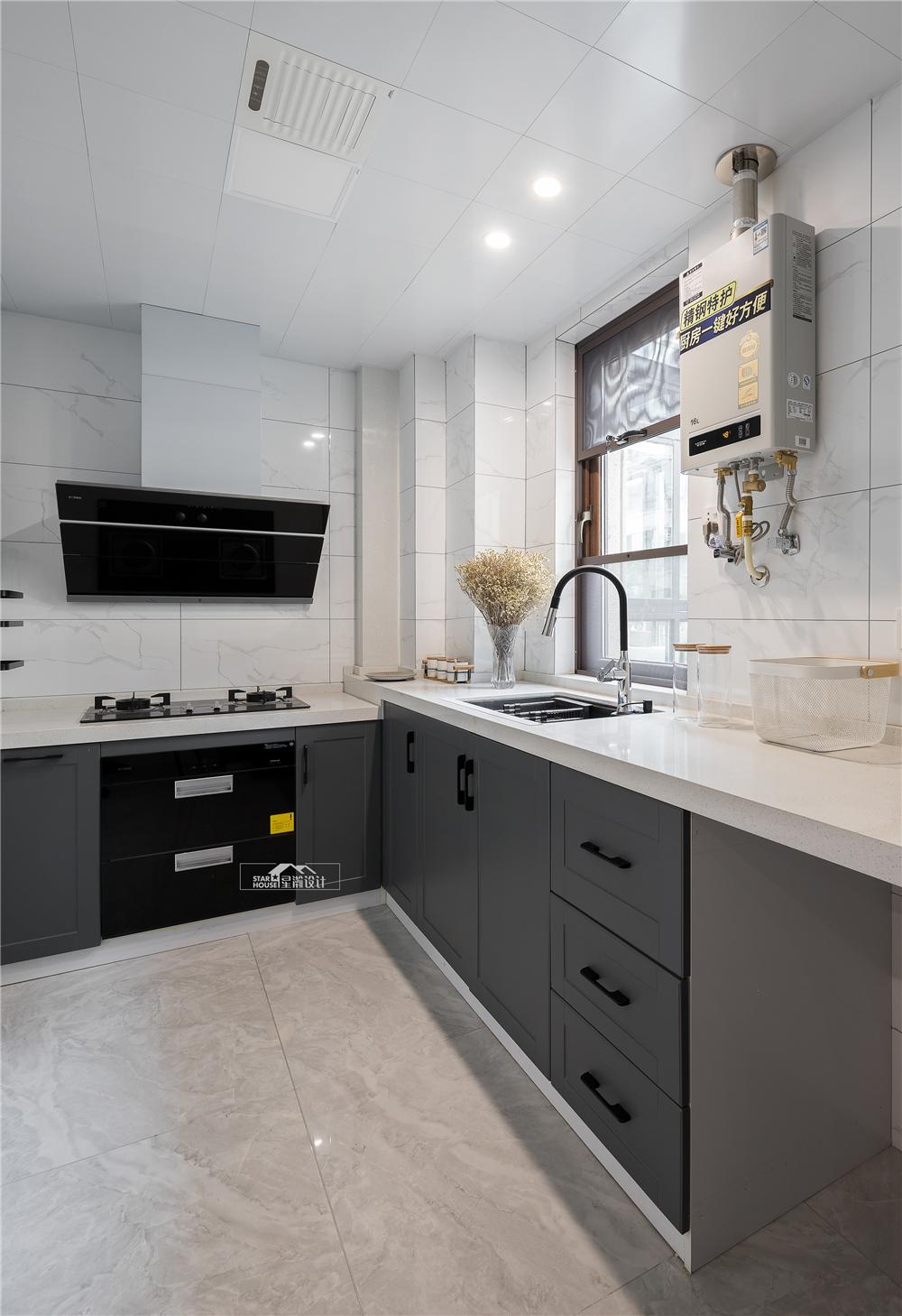 现代简约风格复式装修厨房效果图