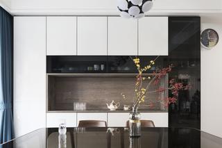 170平现代简约装修餐边柜设计