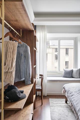 90㎡日式二居装修卧室飘窗设计