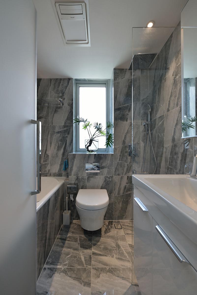 70平二居室卫生间装修效果图