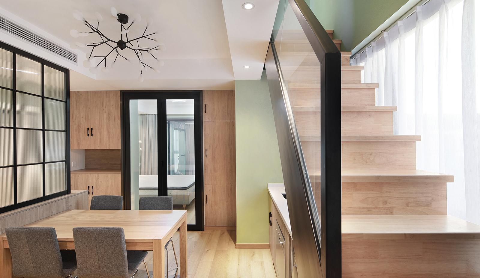45平小复式装修楼梯设计