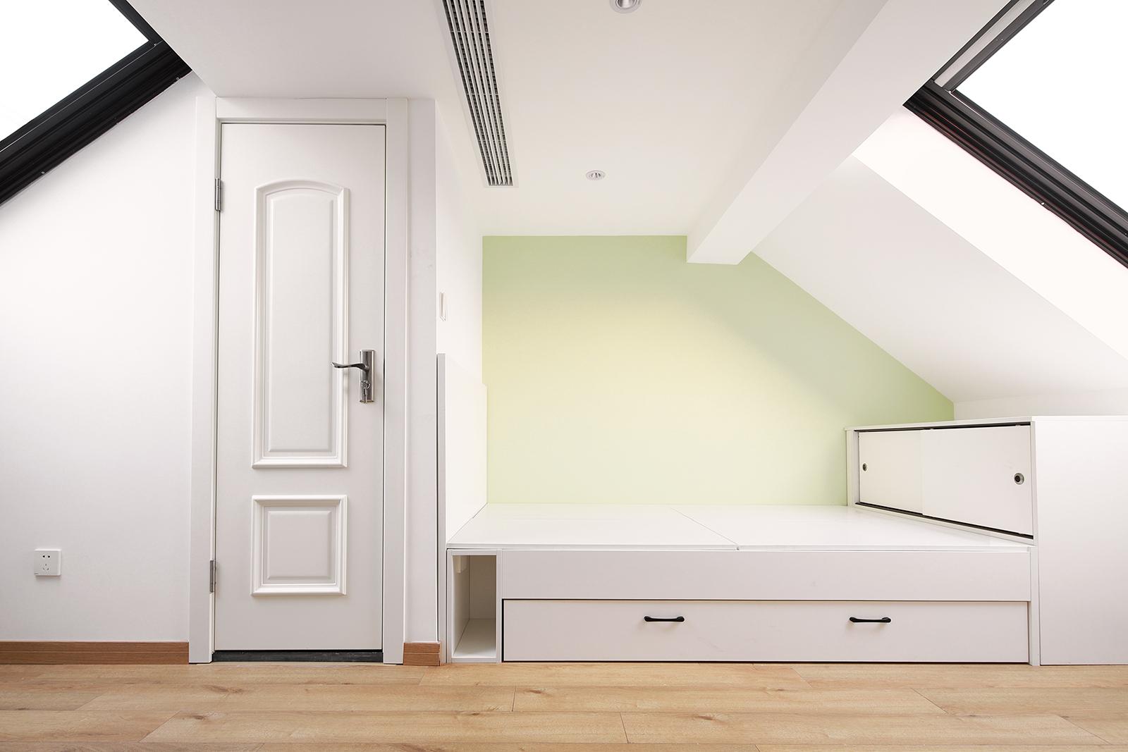 45平小复式装修榻榻米床设计