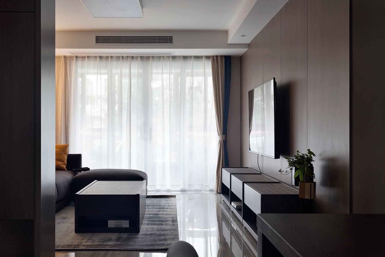 118平现代风客厅电视墙装修效果图
