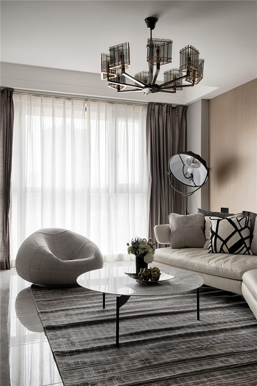 180平现代混搭风装修客厅吊灯设计