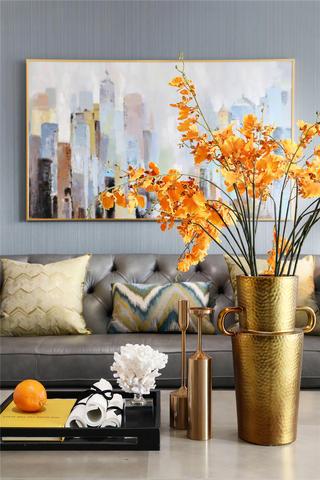 美式轻奢风格三居装修客厅小景