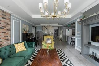 170平美式风格客厅装修效果图
