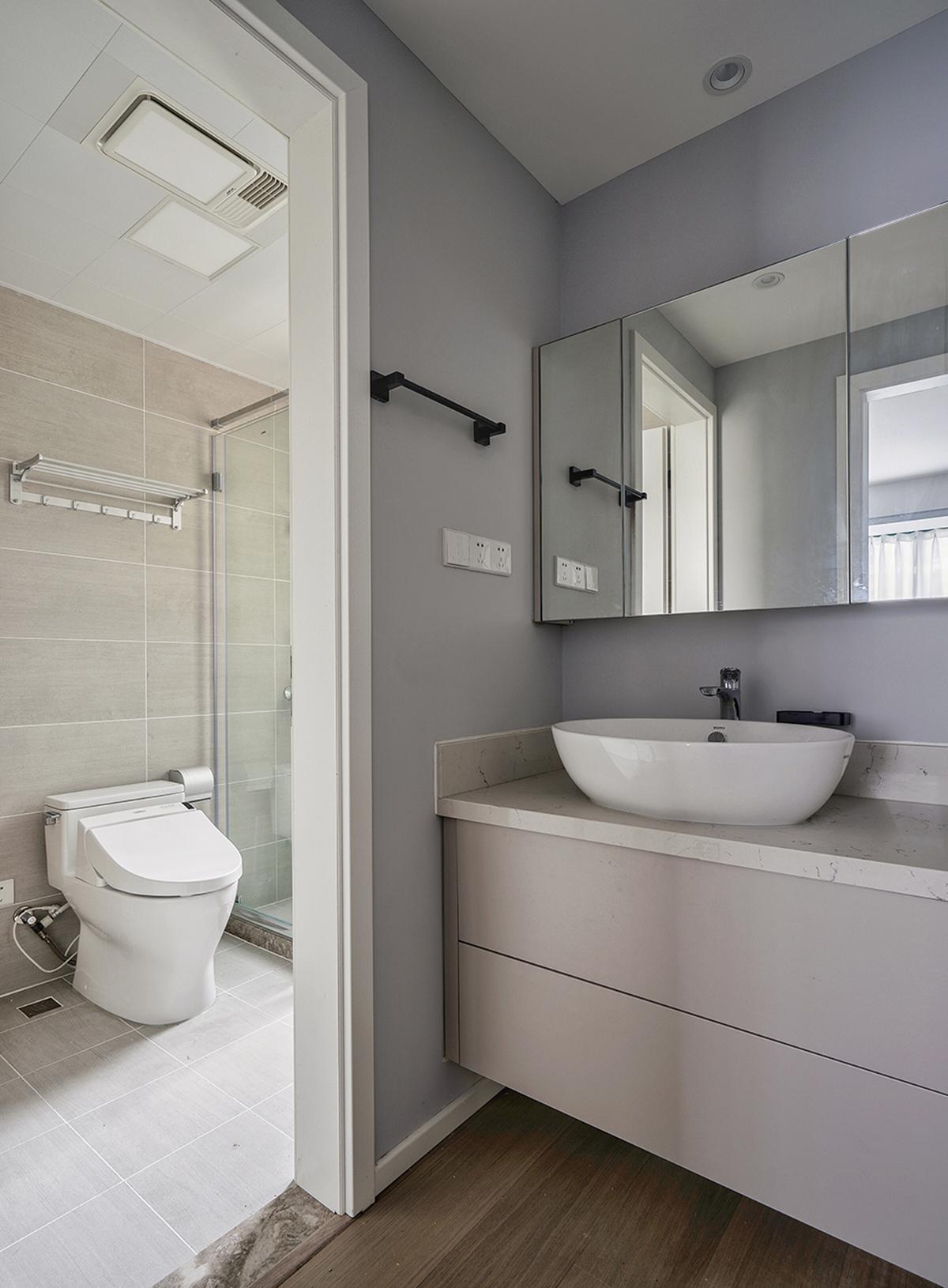110平二居室卫生间装修效果图
