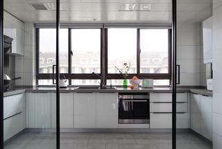 复式现代简约风厨房装修效果图
