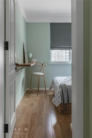 70平米三居室装修梳妆台设计