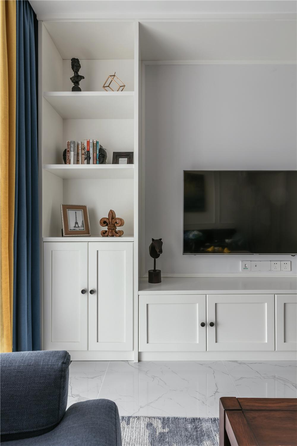 简美风格两居电视墙装修效果图