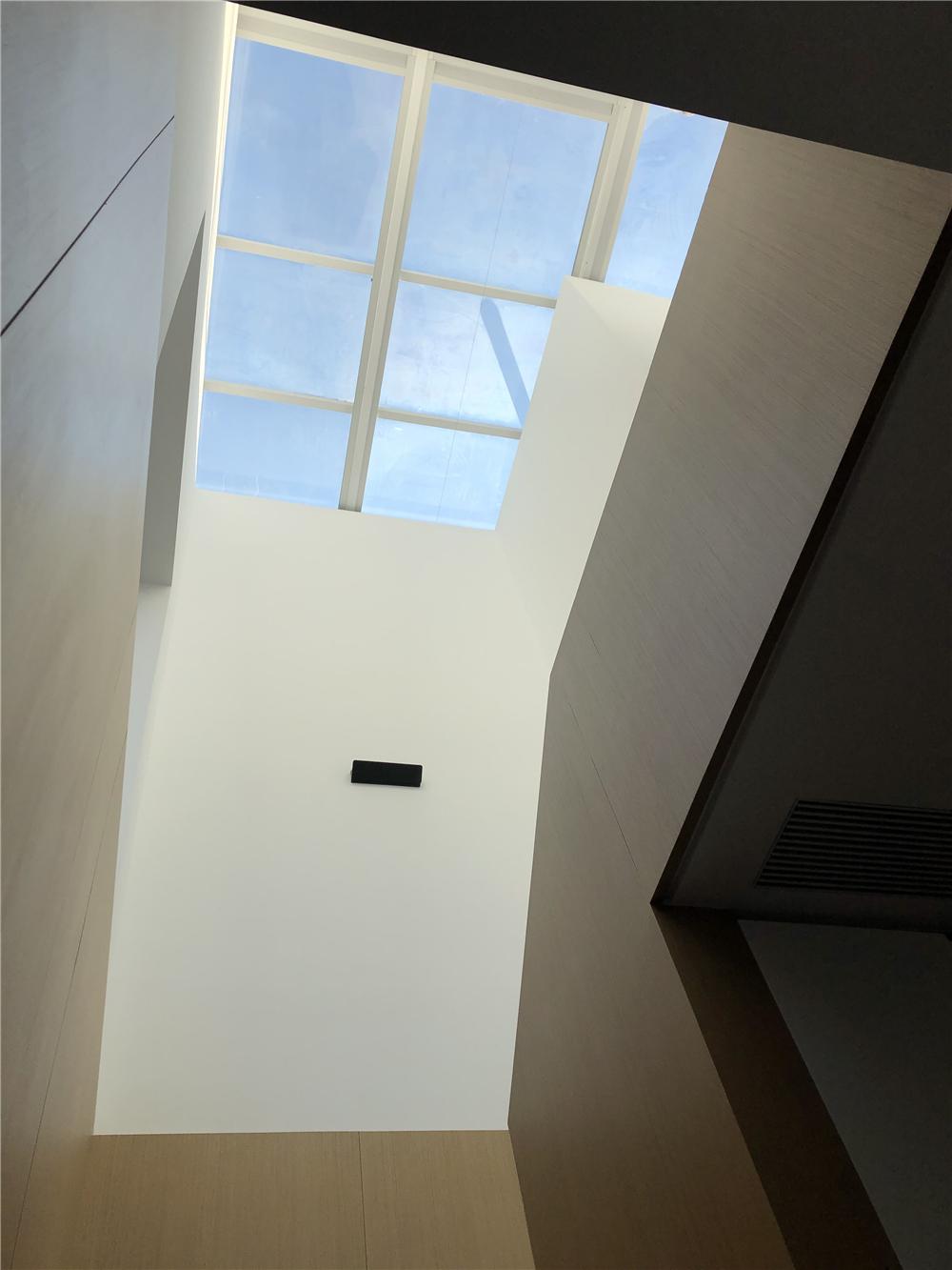 220㎡复式现代风装修天窗效果图