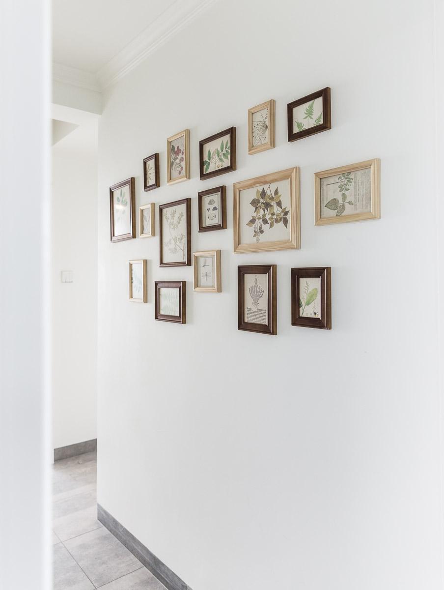 北欧风三居装修过道照片墙设计