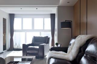110㎡现代简约风格装修客厅阳台设计