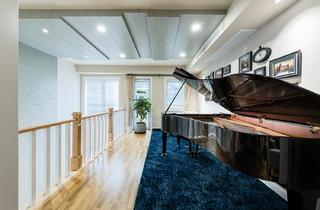 美式风别墅钢琴区装修效果图