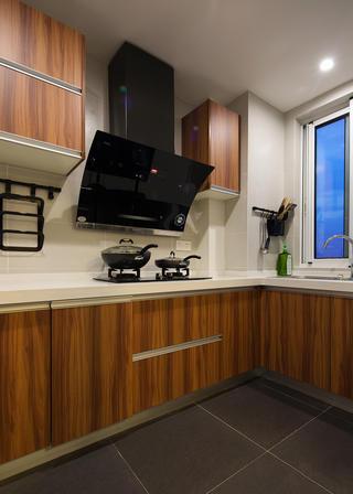 104平米三居室厨房装修效果图