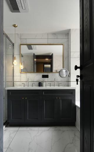 现代混搭风三居室卫生间装修效果图