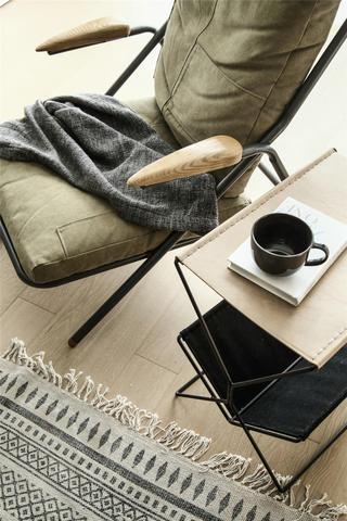 98㎡混搭风三居装修休闲椅设计