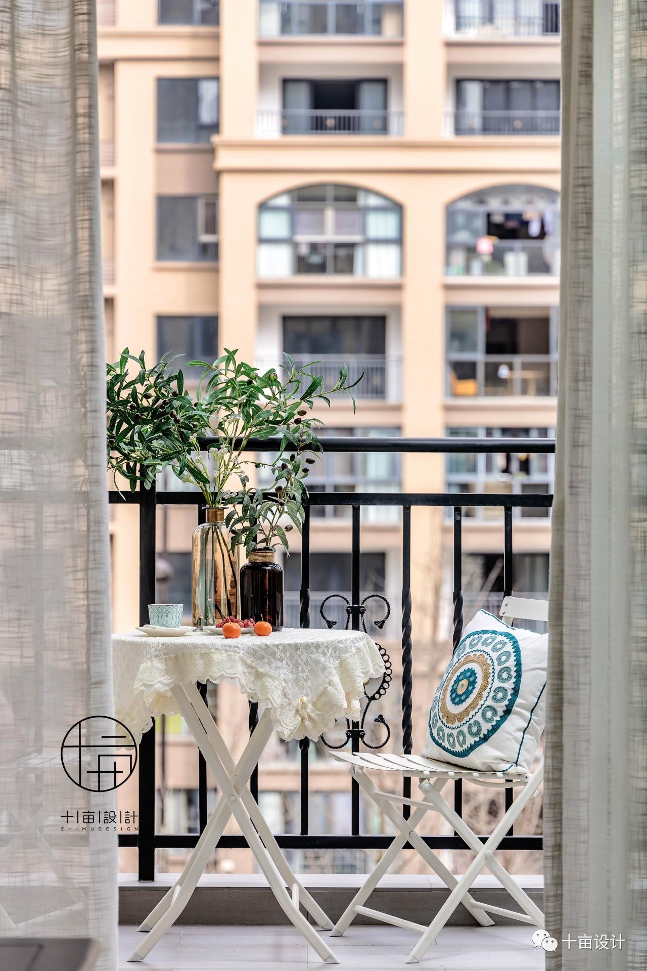 110㎡美式风格装修阳台小景