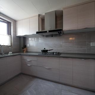 混搭風三居室廚房裝修效果圖